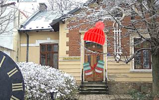 Budynek Muzeum Rzemiosła w zimowej aurze