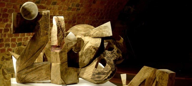 rzeźba Żłób Pawła Leszegi