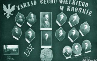 Tablo z napisem: zarząd cechu wielkiego w Krośnie oraz fotografiami mężczyzn